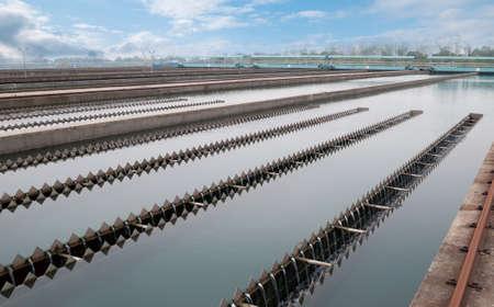 aguas residuales: Instalación de limpieza de agua al aire libre