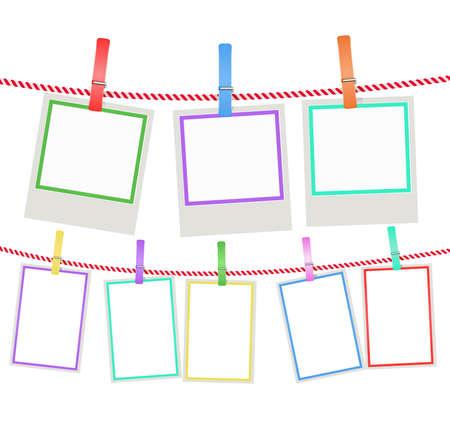 veelkleurige foto frames opknoping op een touw met wasknijpers. vector