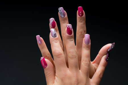finger nail: Pink and purple nail decorated for Christmas