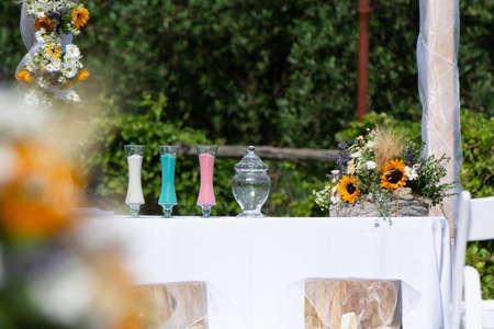 砂の儀式と結婚式のための要素 写真素材 - 106439713