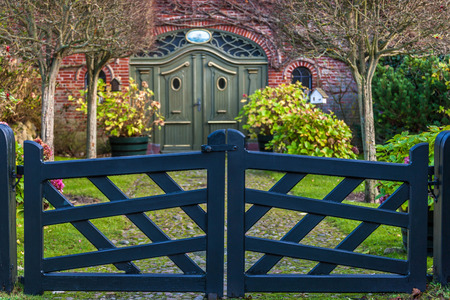 garden gate: Blue garden gate