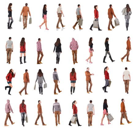personas mirando: Vista posterior de la colección de la gente que va caminando personas en el conjunto de movimiento