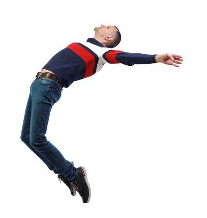 Vista lateral del hombre en gravedad cero o caída. el chico está volando, cayendo o flotando en el aire. Colección de personas de vista lateral. vista lateral de la persona. Aislado sobre fondo blanco.