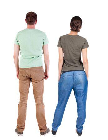 Rückansicht des Paares. schönes freundliches Mädchen und Kerl zusammen. Rückansicht Menschen Sammlung. Rückansicht der Person. Getrennt über weißem Hintergrund. Standard-Bild