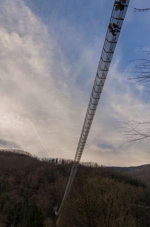 Overview of the suspension bridge seen from below