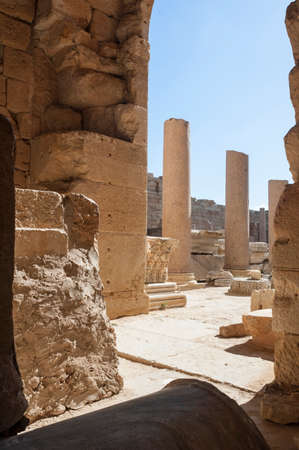 Sito archeologico di Leptis Magna, Libia - 30/10/2006: La Basilica di Severe nell'antica città romana di Leptis Magna. Editoriali