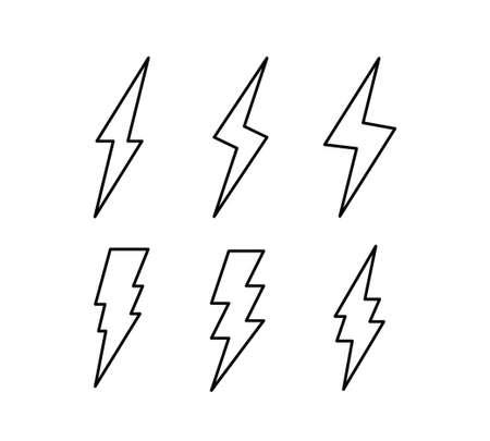 Insieme dell'icona di vettore di fulmine flash. Collezione di simboli di fulmini tuoni.