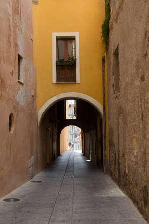 eos: Cagliari - Passeggiata al quartiere Castello - Via del Fossario