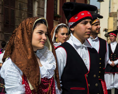 CAGLIARI, ITALY - MAY 1, 2013: 357 Religious Procession of Sant'Efisio, parade of traditional Sardinian costumes - Sardinia Imagens - 98877234