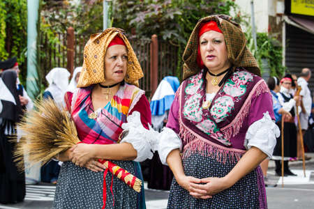 SELARGIUS, ITALY - SEPTEMBER 13, 2015: Ancient Selargino wedding, parade of the Iglesias folk group - Sardinia Editorial