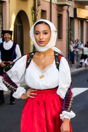 SELARGIUS, ITALY - SEPTEMBER 11, 2016: Ancient Selargino wedding, parade of traditional Sardinian costumes - Sardinia Imagens - 100005259