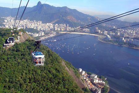 Zucker-Leaf-Seilbahn in Rio De Janeiro, Brasilien Standard-Bild - 9755154