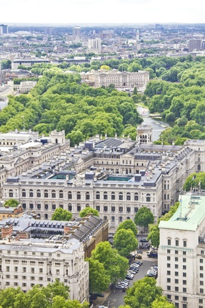 buckingham palace: Aerial view of London with the Buckingham Palace