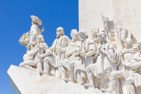 discoverer: Monument of the Discoveries (Padro dos Descobrimentos) in the Tagus River bank, Belem, Lisbon, Portugal Foto de archivo