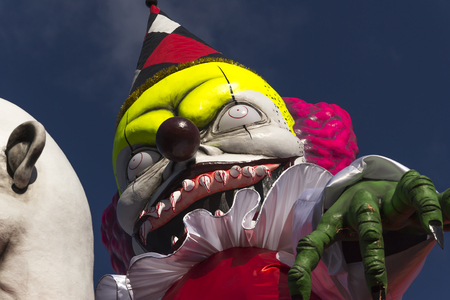 Fano Carnival is the oldest and sweetest in Italy. Famous for the Jet: a traditional throw of sweets (ancient symbol of good luck) that literally rains down from the the masked floats. Zdjęcie Seryjne - 94480018