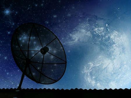 antena parabolica: Antena parab�lica en el cosmos