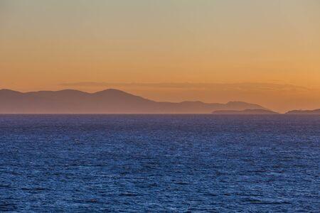 Tolle Silouhette auf den Saronischen Golfinseln bei Sonnenuntergang