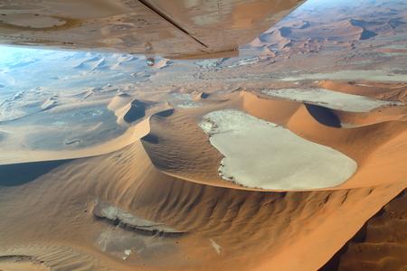 desierto: Sossusvlei: El volar sobre el desierto de Namib