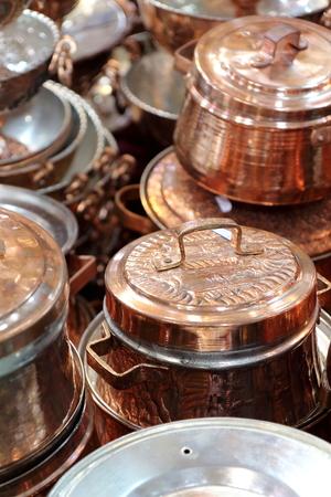 utensilios de cocina: utensilios de cobre brillante