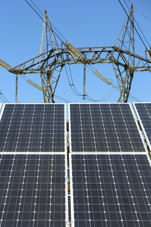 panel solar electric pylon Standard-Bild