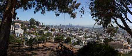 Panorama from San Francisco`s Billy Goat Hill overlooking Noe Valley. Banco de Imagens