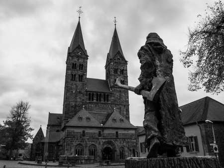 Bonifatius in front of the cathedral in Fritzlar