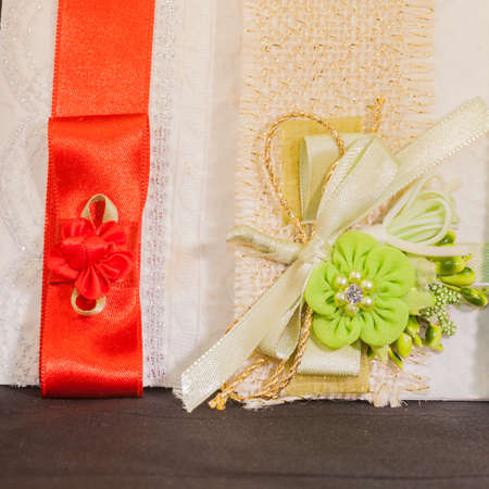 organza: Colored wedding invitations. Pampering for guests