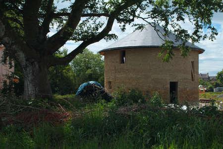 ecovillage: Round straw bale house in Cloughjordan eco-village, Ireland Editorial