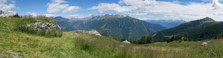 Alpine landscape in summer in Valtellina, northern Italy Standard-Bild