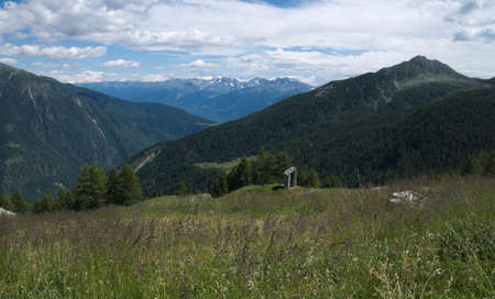 Mountains landscape in spring in Valtellina, northern Italy Standard-Bild