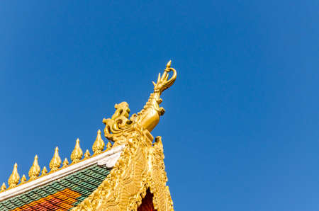 buddhist temple roof: The roof of buddhist temple in China