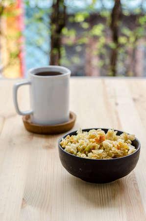 sneak: Thai sweet rice crispy, sneak in relax time