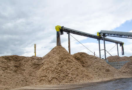 Sliver recycle in recycle wood industry