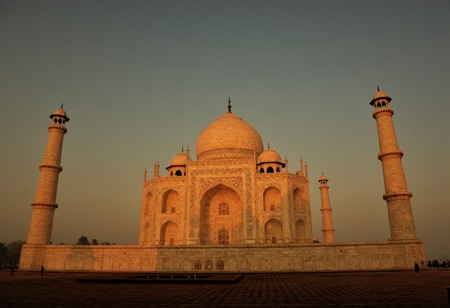 Sunrise at the Taj Mahal in Agra, India Editorial