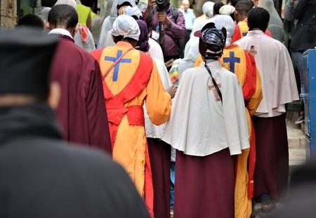 ETHIOPIAN PILGRIMS WORSHIP JESUS CHRIST IN JERUSALEM DURING CHRISTMAS 版權商用圖片