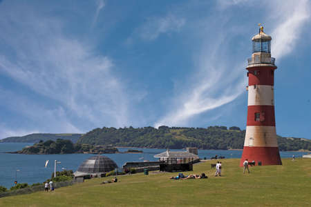 hoe: Plymouth Hoe in Devon, England, where Francis Drake played bowls as the invading Spanish Armada approached.