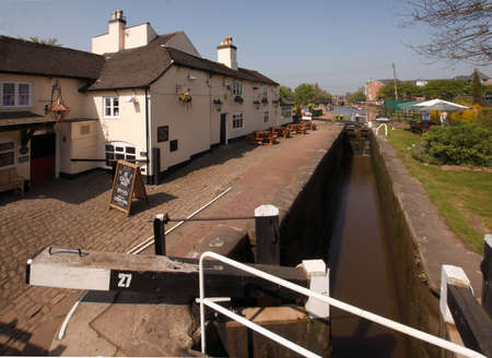 mersey: An inn by a lock on the Trent and Mersey Canal at the town of Stone in Staffordshire England. Editorial