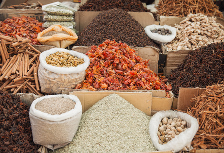 alappuzha: Mixed spices in indian spice market, Kerala, Alleppey Stock Photo