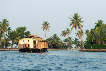 alappuzha: Traditional tourist houseboat in Alleppey backwaters, Kerala, India Stock Photo