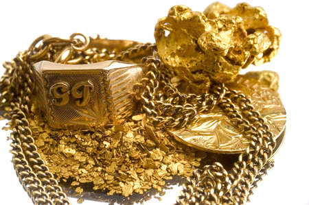 Gold jewels to illustrate the recovery of old jewels for the recycling of gold. Stock Photo - 9956435