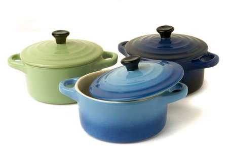 Mini casseroles individual which makes it possible individually to simmer a dish while adding an original character to the presentation.