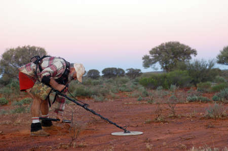 In search of gold nuggets in the Australian bush Stock fotó