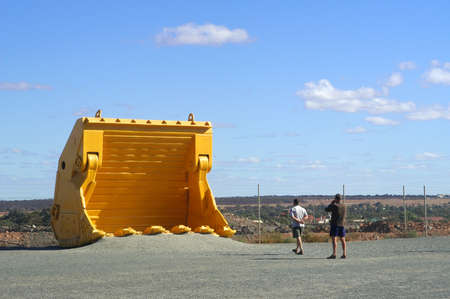mechanical shovel with the goldmine of Kalgoorlie to show to the tourist the real size of the machine