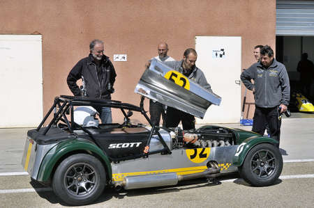 chases of Caterham on the circuit of the Cevennes with Ales in the French department of Gard the May 24th and 25th, 2013. mechanical maintenance