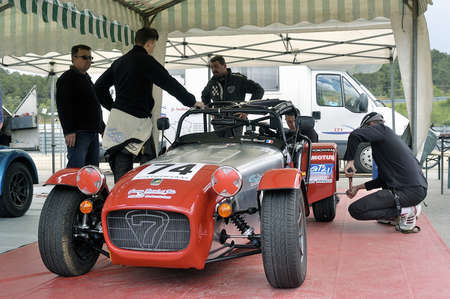 chases of Caterham on the circuit of the Cevennes with Ales in the French department of Gard the May 24th and 25th, 2013.