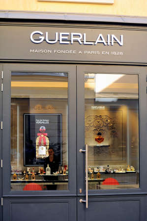 Guerlain Boutique of Versailles located in the passage of scents