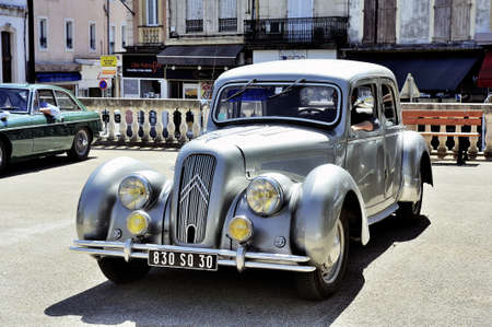 avant: Citroen front-wheel Drive gray photographed vintage car rally Town Hall Square in the town of Ales