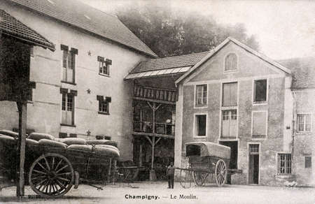 farme: old postcard of Champigny, the mill
