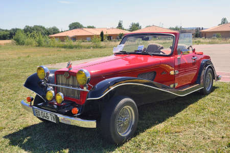 renault 5: Suncar Arpege roadster built in the 80s with a mechanical basic Renault 5 by a French manufacturer of Annecy