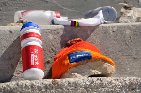mount tom: objects left by cyclists on the Tom Simpson memorial stone dead on the Tour de France to Mont Ventoux.